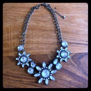 Beautiful rhinestone statement necklace